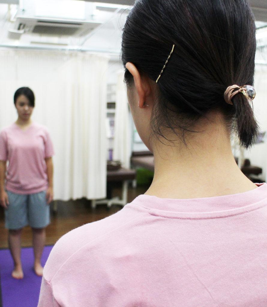 新中野 大木接骨院 運動療法 意識 姿勢 動作 良い姿勢 悪い姿勢