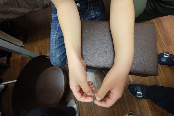 左前腕部遠位端部若木骨折